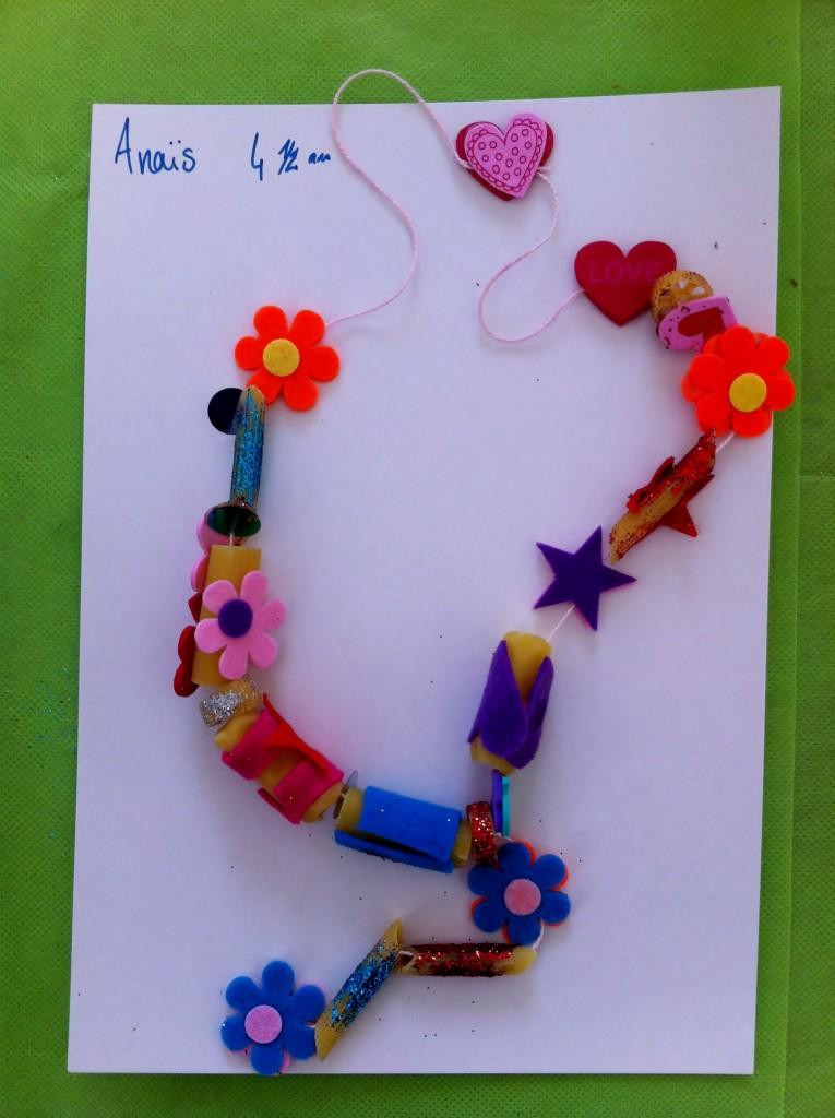 oeuvre-collier-de-nouilles-anais-4