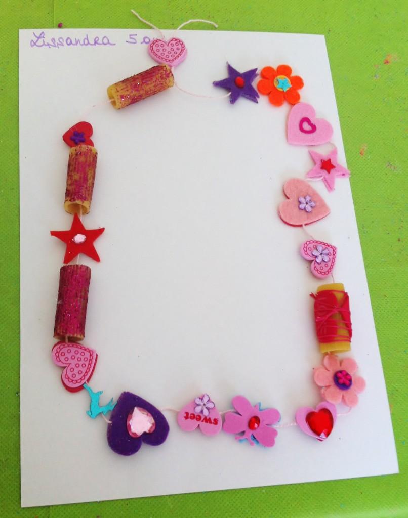 oeuvre-collier-de-nouilles-lissandra